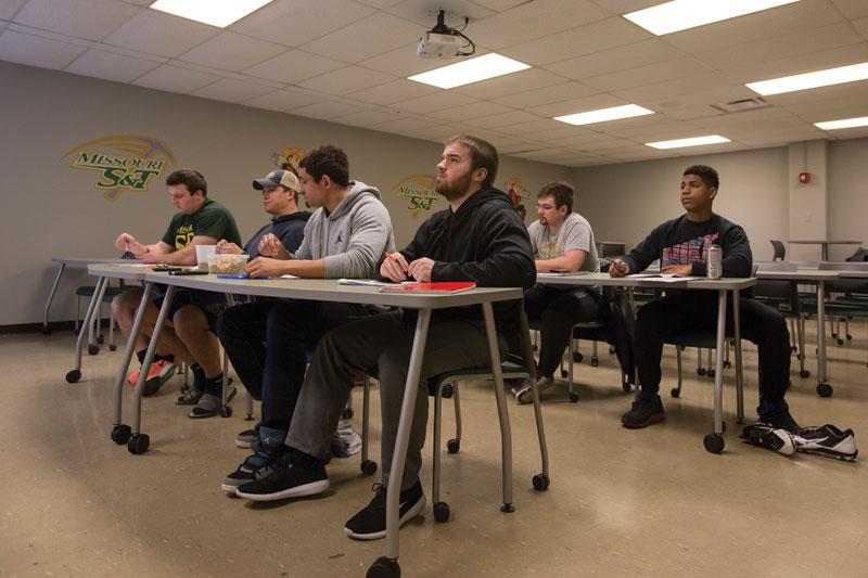 20160223-Athletics-Classroom-0025