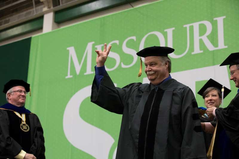 Rock-and-roll grandpa earns Ph.D.