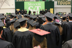 2019 fall spring commencement